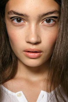 minimal-makeup-beauty-1